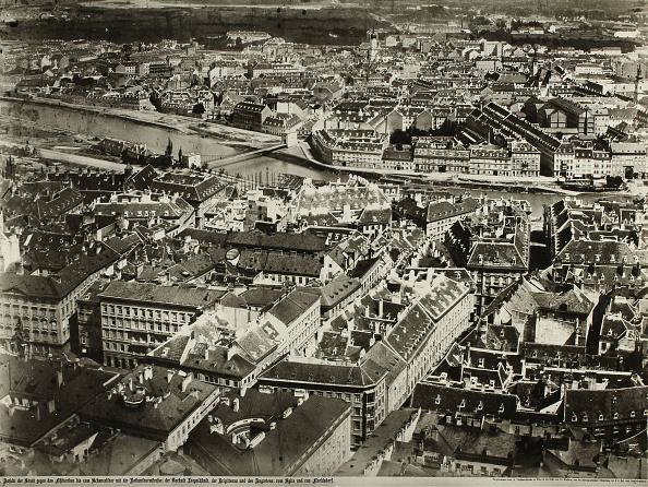 Vienna - Austria「Seen From The Vienna Stephansdomturm From」:写真・画像(2)[壁紙.com]