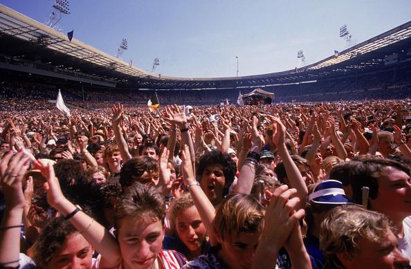 Popular Music Concert「Waving Fans」:写真・画像(16)[壁紙.com]