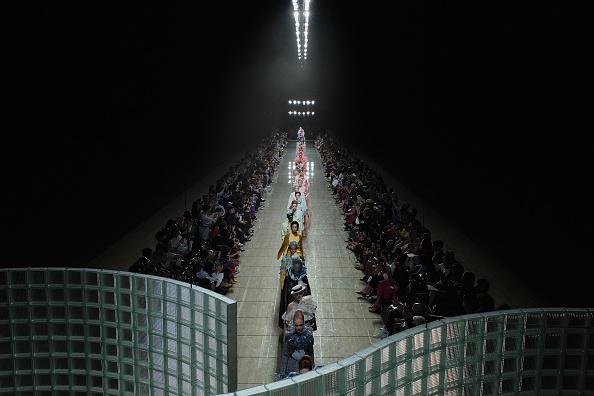 ニューヨークファッションウィーク「Marc Jacobs Spring 2019 Runway - Front Row」:写真・画像(4)[壁紙.com]