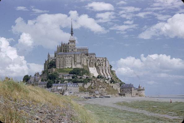 Church「Mont Saint-Michel Church」:写真・画像(0)[壁紙.com]