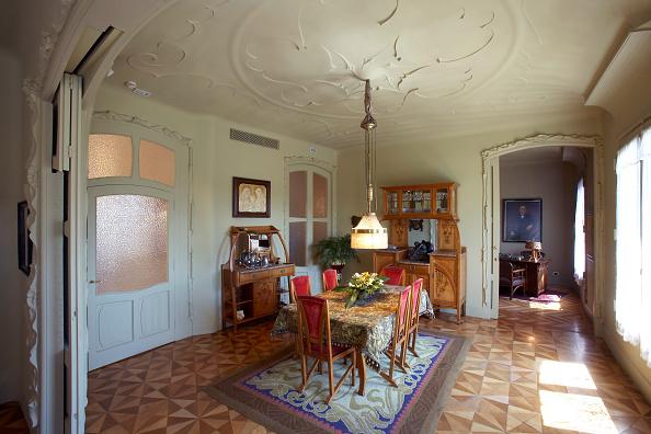 アントニ・ガウディ「View of the Casa Mila」:写真・画像(12)[壁紙.com]