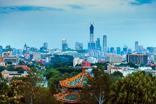 寺「景山公園、中国、アジアから北京ビジネス センターのビュー」:スマホ壁紙(10)