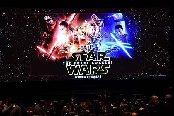 """Star Wars Episode VII - The Force Awakens「Premiere Of """"Star Wars: The Force Awakens"""" - Red Carpet」:写真・画像(0)[壁紙.com]"""