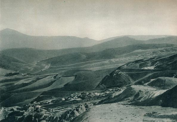 Mountain「View of the sulphur mines, Agrigento, Sicily, Italy」:写真・画像(7)[壁紙.com]