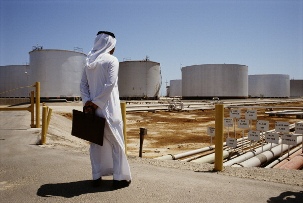 Refinery「Saudi Oil Refinery」:写真・画像(3)[壁紙.com]