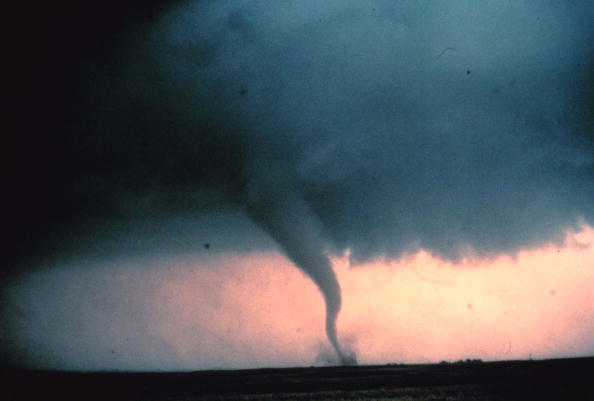 雲「The 'Rope' Stage Of A Tornado」:写真・画像(16)[壁紙.com]