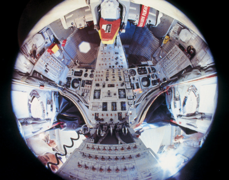 Claustrophobia「View of the controls of the space shuttle」:スマホ壁紙(16)
