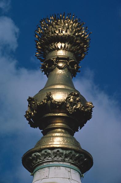 花瓶「The Monument」:写真・画像(4)[壁紙.com]