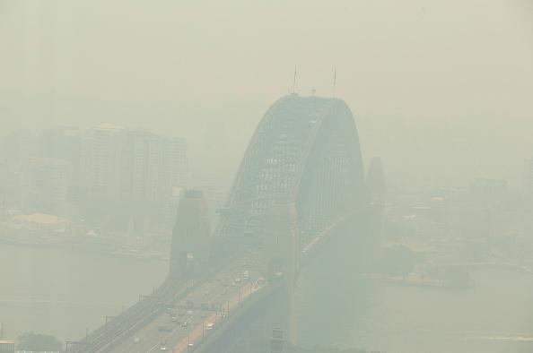 オーストラリア「Smoke Haze Blankets Sydney As Bushfires Continue To Burn Across NSW」:写真・画像(4)[壁紙.com]