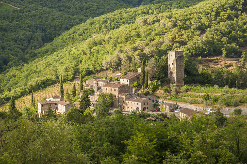 Chianti Region「View of the medieval village and Castle of Vertine」:スマホ壁紙(4)