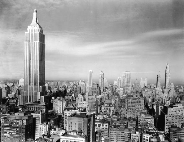Empire State Building「Manhattan Skyline With Empire State Building」:写真・画像(1)[壁紙.com]