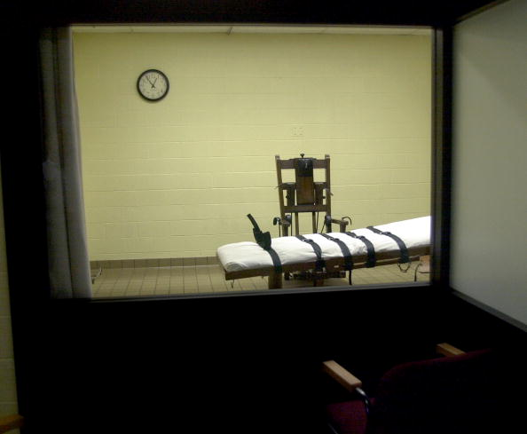 Chair「Death Chamber at Southern Ohio Correctional Facility」:写真・画像(2)[壁紙.com]