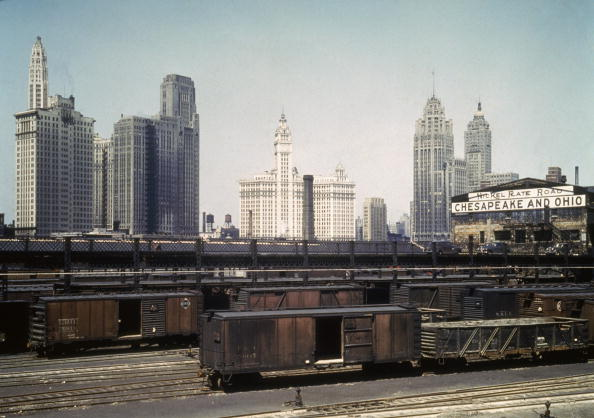 Cityscape「South Water Street Freight Terminal, 1943」:写真・画像(4)[壁紙.com]