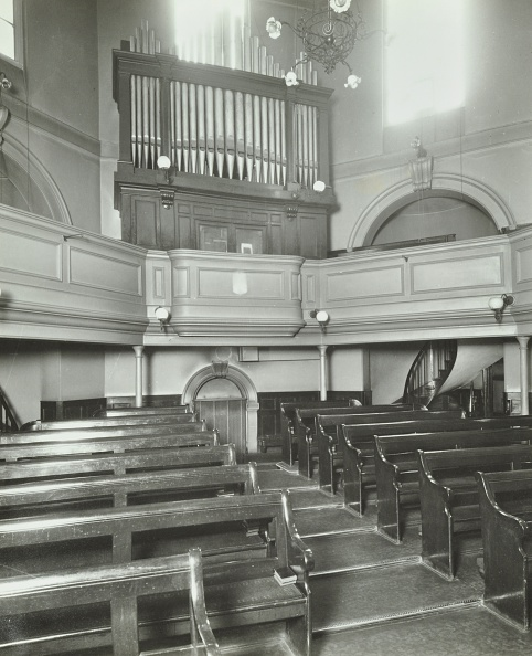 Bench「View Of The Chapel From The Altar, Bethlem Royal Hospital, London, 1926.  .」:写真・画像(9)[壁紙.com]