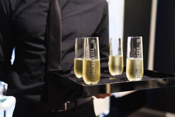 Feng Shui「ELLE + The Harmonist Celebrate Fragrance and Feng Shui」:写真・画像(16)[壁紙.com]