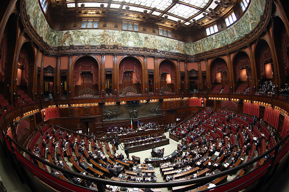 Politics「Matteo Renzi Government To Face Confidence Vote At The Italian Chamber Of Deputies」:写真・画像(14)[壁紙.com]