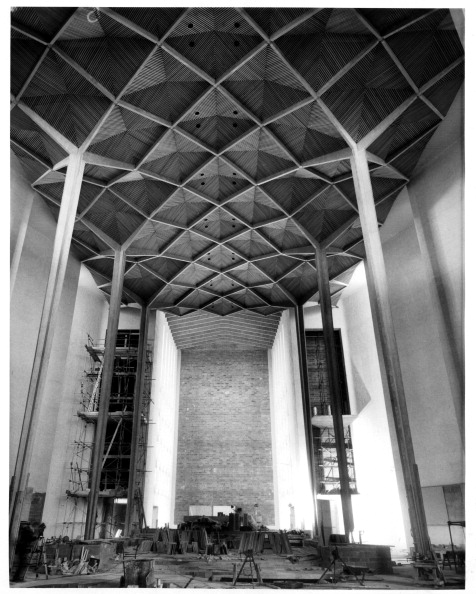 Architectural Feature「NEW COVENTRY CATHEDRAL」:写真・画像(15)[壁紙.com]