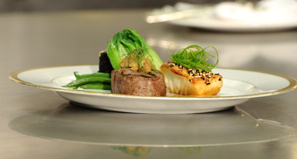 Sirloin Steak「68th Annual Golden Globe Awards Menu Preview」:写真・画像(2)[壁紙.com]