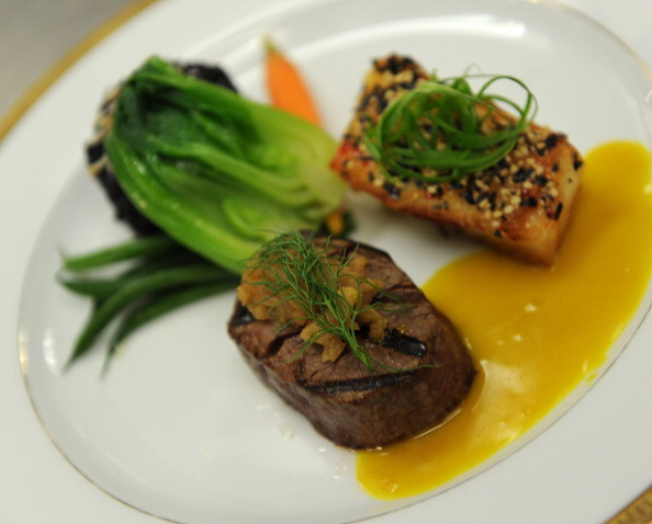 Tenderloin「68th Annual Golden Globe Awards Menu Preview」:写真・画像(0)[壁紙.com]