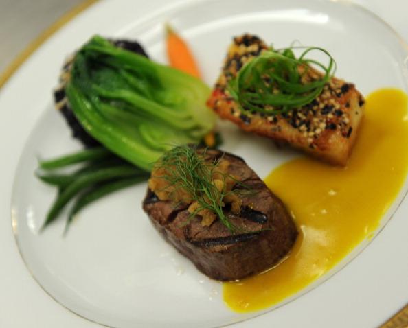 Sirloin Steak「68th Annual Golden Globe Awards Menu Preview」:写真・画像(1)[壁紙.com]
