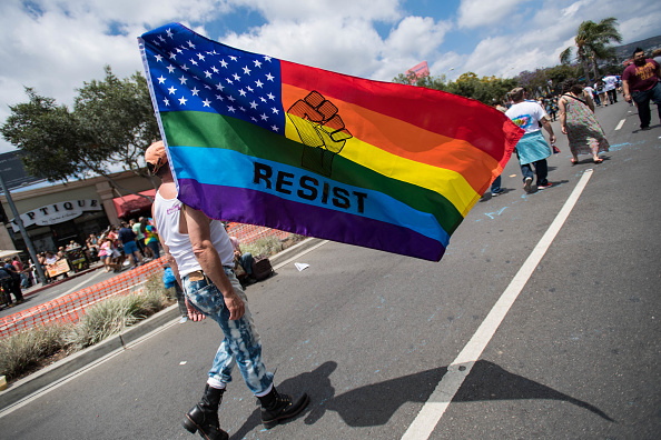 Honor「LA Pride ResistMarch」:写真・画像(4)[壁紙.com]