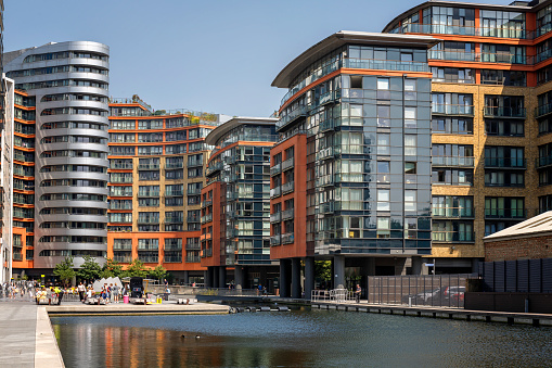 Canal「View of the Paddington Basin residential architecture in London」:スマホ壁紙(14)