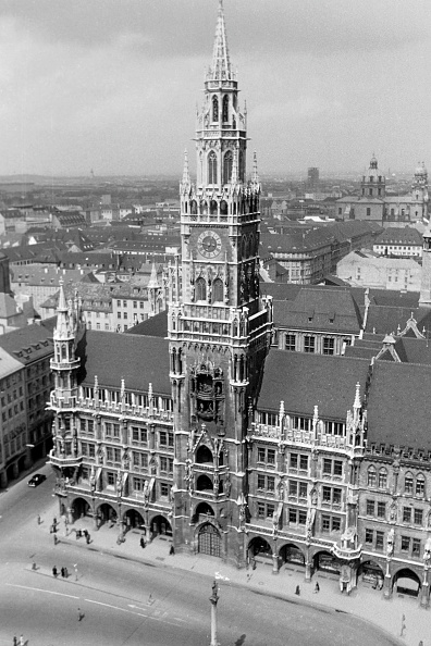 Journey「Historic Buildings And Sights In Munich'S Old Town」:写真・画像(0)[壁紙.com]