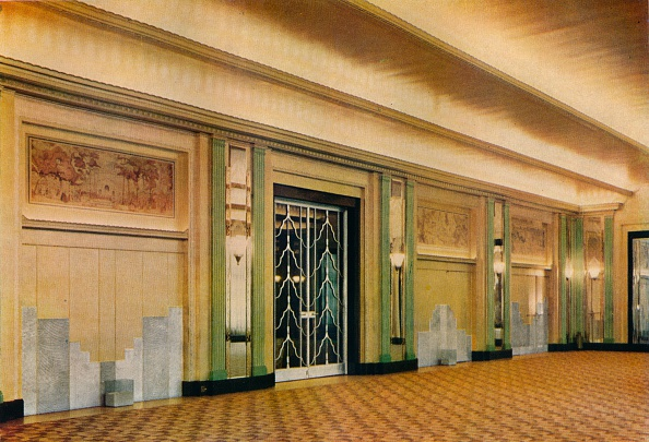 Doorway「A View Of The New Ballroom At Claridge'S Hotel As Designed By Oswald P. Milne', 1933.」:写真・画像(14)[壁紙.com]