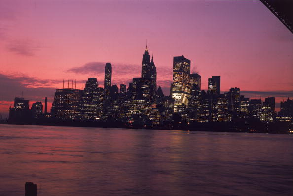 Urban Skyline「NYC Skyline At Dusk」:写真・画像(3)[壁紙.com]