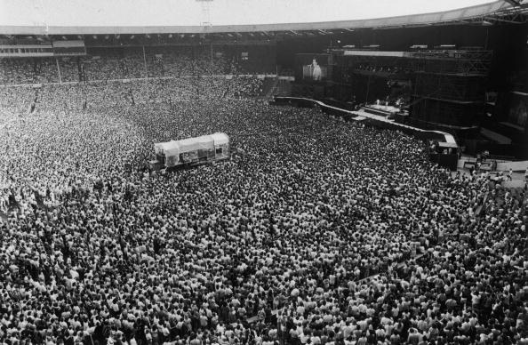 Stadium「Bruce Springsteen Crowd」:写真・画像(4)[壁紙.com]
