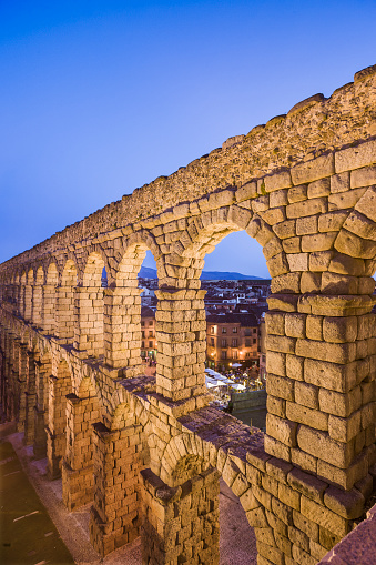 Roman「View of the Acueducto Romano (Roman aqueduct)」:スマホ壁紙(18)