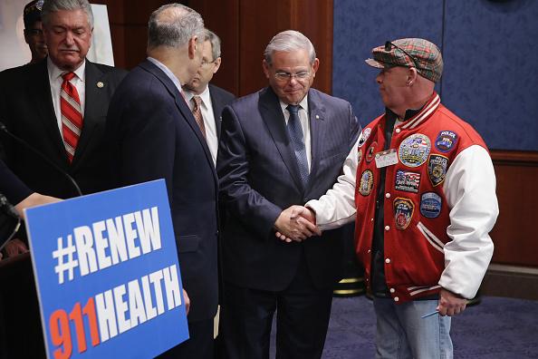 Finance「NY Democrats Hold News Conf. On Zagroda 9/11 Health And Compension Programs」:写真・画像(17)[壁紙.com]