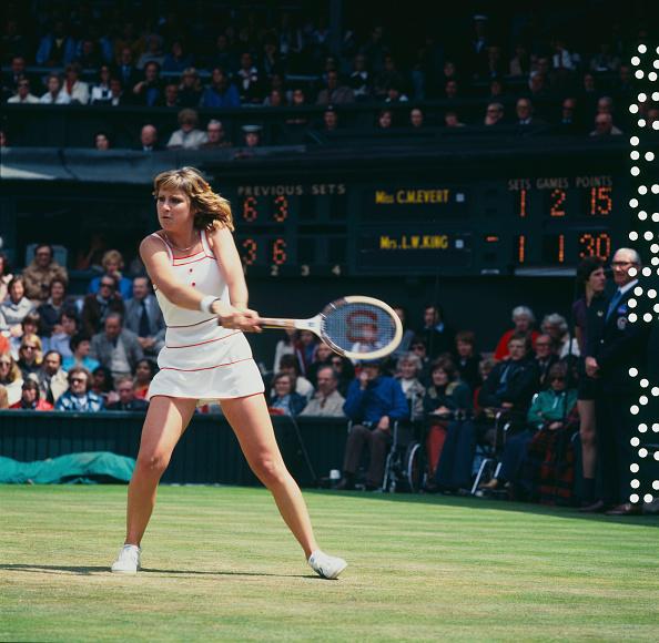 Chris Evert「Evert Versus King At Wimbledon」:写真・画像(4)[壁紙.com]