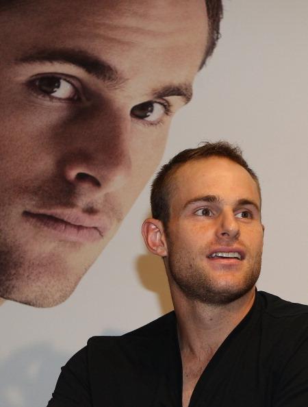 アンディ ロディック「Andy Roddick Promotes New Fragrance At Myer」:写真・画像(11)[壁紙.com]