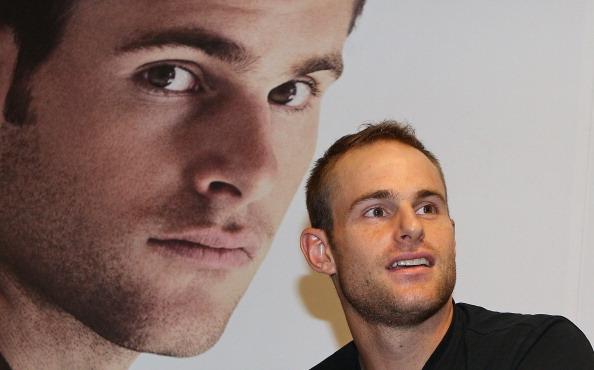 アンディ ロディック「Andy Roddick Promotes New Fragrance At Myer」:写真・画像(13)[壁紙.com]