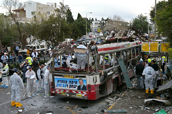 Bus「Palestinian Suicide Bomb Explodes On Israeli Bus」:写真・画像(8)[壁紙.com]