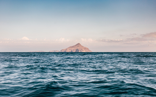 cloud「image of Anacapa Island in Channel Islands National Park from the waters surface.」:スマホ壁紙(19)