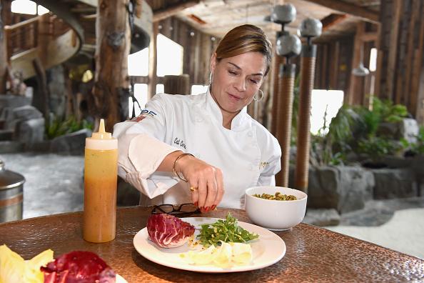 Salad「Glamour's Cindi Leive And Girlgaze's Amanda de Cadenet Host Lunch Celebrating Films Powered By Women During Sundance - 2017 Park City」:写真・画像(11)[壁紙.com]