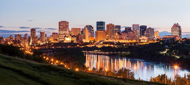 Edmonton「Canada, Alberta, Edmonton, City skyline」:スマホ壁紙(12)
