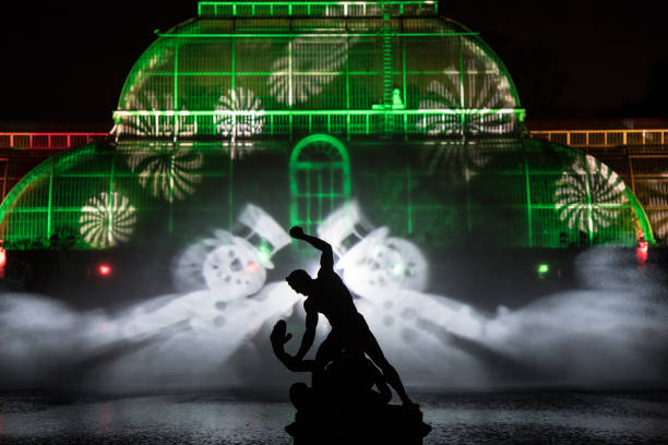 Kew Gardens「Kew Gardens Light Up For Christmas」:写真・画像(9)[壁紙.com]