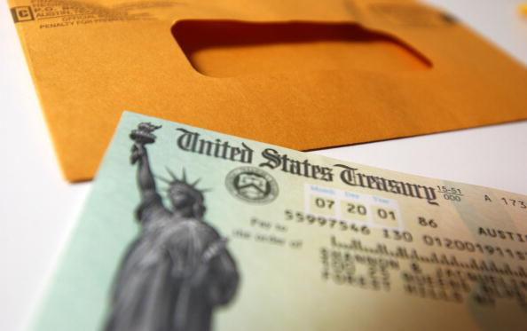 Politics「America Gets Tax Rebate Checks」:写真・画像(15)[壁紙.com]