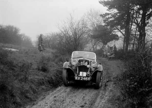 Dirt Road「Singer of AE Carr at the Sunbac Colmore Trial, Gloucestershire, 1934」:写真・画像(18)[壁紙.com]