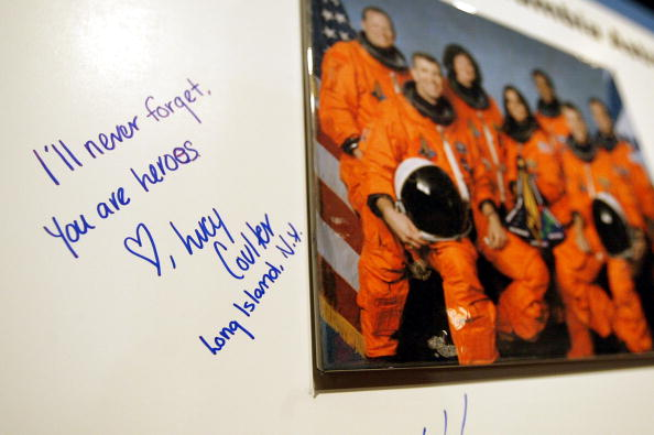 Space Shuttle「Columbia Tribute At Intrepid Museum In New York」:写真・画像(9)[壁紙.com]
