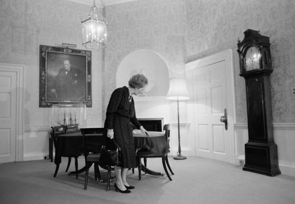 Purse「Margaret Thatcher」:写真・画像(5)[壁紙.com]