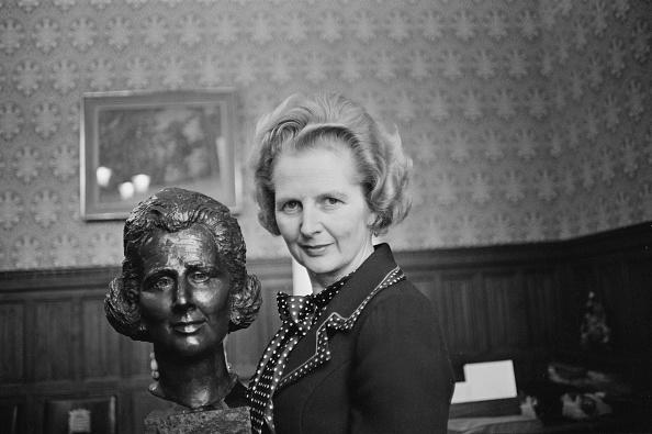 Margaret Thatcher「Thatcher's Bronze Bust」:写真・画像(9)[壁紙.com]