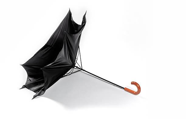 Wind damaged umbrella with copy space:スマホ壁紙(壁紙.com)