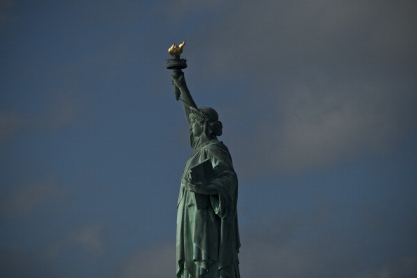 Statue of Liberty - New York City「State Deal Reached To Reopen Statue Of Liberty Amid Continued Government Shutdown」:写真・画像(16)[壁紙.com]