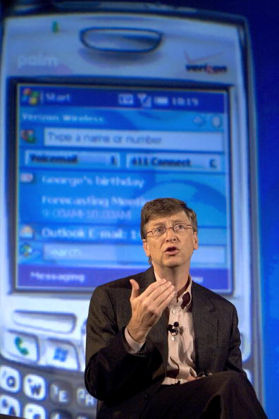 Conference Phone「Palm, Microsoft And Verizon To Unveil Windows Mobile Treo」:写真・画像(11)[壁紙.com]