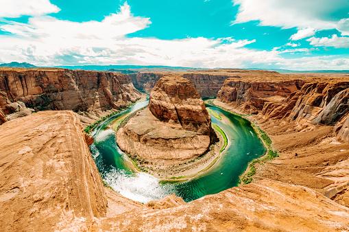 Sedona「Horseshoe Bend a sunny day at Grand Canyon」:スマホ壁紙(14)
