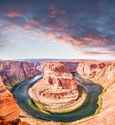 Glen Canyon National Recreation Area「Horseshoe Bend In Page Arizona」:スマホ壁紙(4)
